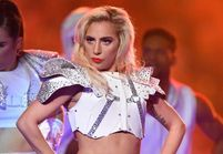 Lady Gaga : découvrez sa folle prestation au Super Bowl 2017 !