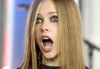 Avril Lavigne serait morte en 2003 et remplacée depuis par un sosie : retour sur la folle rumeur