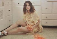 Selena Gomez rompt avec son image de fille sage dans son dernier clip « Fetish »