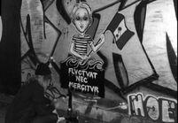 Le street art envahit les rues de Paris après les attentats