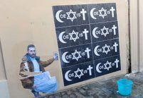 3 choses à savoir sur « Coexist », le slogan street-art militant