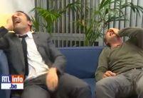 Le fou rire de Jean Dujardin et Gilles Lellouche à la télé belge