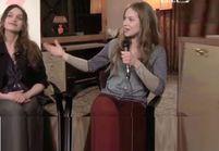 L'interview bisou de Lou de Laâge et Clara Ponsot
