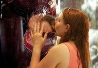 Ils font le buzz avec leurs photos de fiançailles « pourries »
