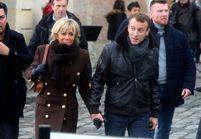 Brigitte et Emmanuel Macron à Honfleur : blouson de cuir et bottines rock, leur style déménage