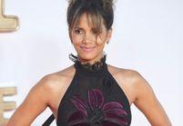 En robe transparente, Halle Berry dévoile son fessier !