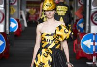 Défilé Moschino Prêt à porter Printemps-Été 2016
