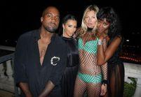 Chic ou trash ? Kate Moss en robe filet à l'anniversaire de Riccardo Tisci