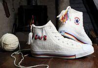 Converse et Lovikka créent une sneaker en tricot
