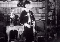 L'histoire de la veste Chanel en images
