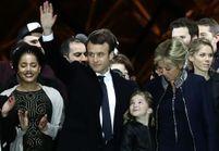 Brigitte Macron : la veste zippée qu'elle portait au Louvre fait le buzz