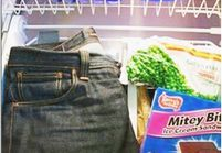 Découvrez pourquoi les modeuses mettent leurs jeans au congélateur