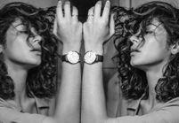 Nikos Aliagas signe des portraits de femmes pour la montre Trésor d'Omega