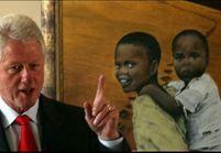 Bill Clinton appelle à faire vivre les valeurs pacifistes de Mandela