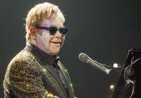 À Moscou, Elton John dénonce la loi anti-gay russe