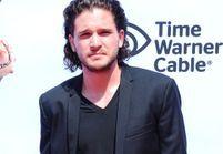 Avec quel personnage de Game of Thrones sort Kit Harington?