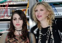 Courtney Love et un acteur de 13 Reasons Why accusés de tentative de meurtre