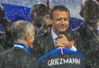 Griezmann et Macron : le câlin qui enchante les internautes