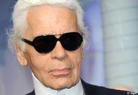 Karl Lagerfeld offre des sacs Chanel à Adele pour s'excuser