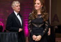 Kate Middleton en robe moulante : son ventre s'arrondit !