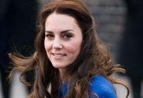 La photo qui buzze : quand Kate Middleton, 7 ans, jouait les mannequins !