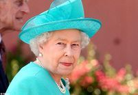 La reine d'Angleterre s'attaque aux paparazzi