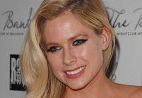 Les larmes d'Avril Lavigne en évoquant sa maladie