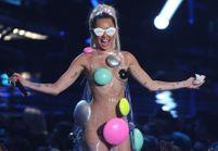 Miley Cyrus va jouer un concert entièrement nue