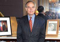 Mitterrand, accusé de pédophilie, répond au FN et au PS
