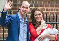 Royal Baby : découvrez les premières photos officielles du prince Louis dans les bras de sa sœur, Charlotte