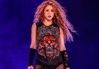 Shakira : un symbole nazi sur un collier vendu sur sa tournée fait polémique