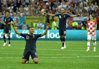 Victoire des Bleus : la joie des joueurs dans les vestiaires