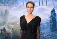 Le look du jour : Angelina Jolie en Versace pour « Maléfique »
