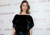 Sofia Coppola : petite robe noire sur tapis rouge