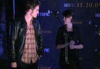 [VIDEO] Twilight : Robert Pattinson rend hommage aux fans