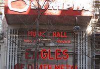 Eagles of Death Metal de retour sur scène : y aller ou pas ? L'avis de la psychologue Asma Guenifi