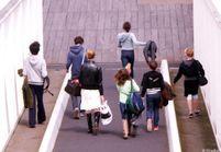 Absentéisme scolaire : supprimer les allocs ou impliquer les parents