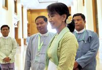 Birmanie : première session au Parlement pour Aung San Suu Kyi