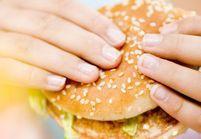 Décès d'un ado : la nourriture d'un fast-food en cause ?