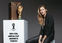 Gisele Bündchen et Dilma Rousseff, en duo pour remettre la Coupe du monde