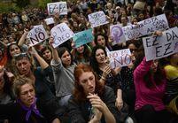 Espagne : la colère des citoyens après un verdict disculpant cinq hommes de viol