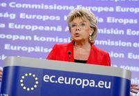 Expulsions de Roms : la France fustigée à Bruxelles
