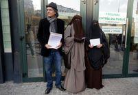 Il paye l'amende d'une femme verbalisée pour port du niqab
