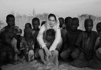 Laetitia Casta : on l'a suivie en mission pour l'Unicef