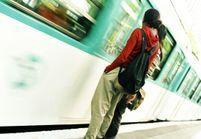 Les féministes disent stop au harcèlement dans le métro