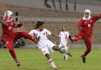 Les femmes pourront désormais jouer au foot la tête voilée