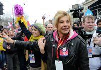 Mariage gay : Karl Zéro écrit à sa belle-sœur Frigide Barjot