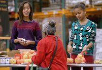 Michelle et Barack Obama aimeraient que leurs filles travaillent au Smic