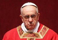 Pédophilie : le pape s'engage à lutter contre les abus sexuels