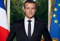 Quand les internautes détournent la photo officielle d'Emmanuel Macron